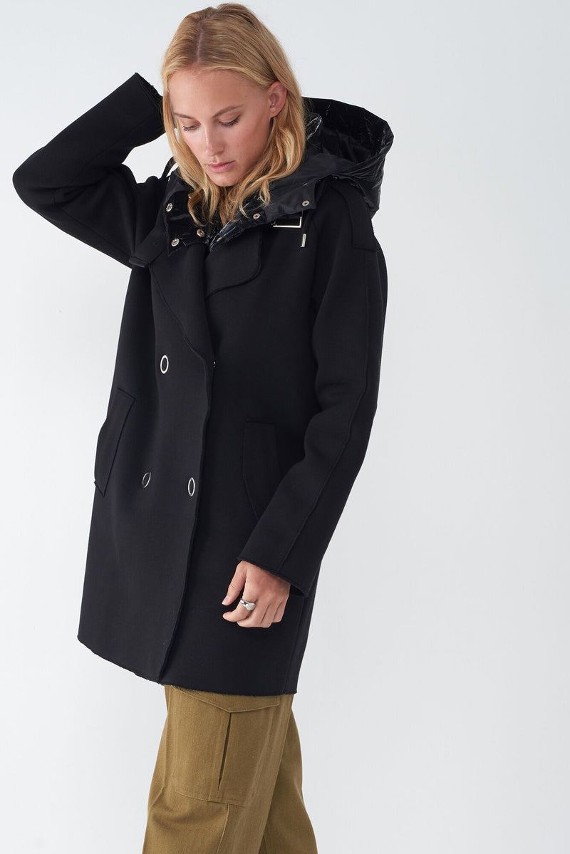JANY – NEOPRENE JACKET WITH DETACHABLE QUILTED HOOD