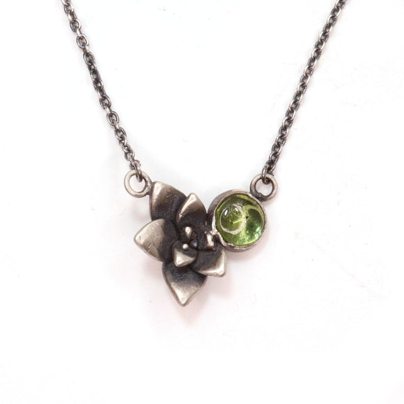 silver flora echeveria + green peridot for midsummer (August birthstone)