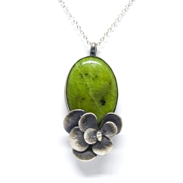 stone necklace: sedum