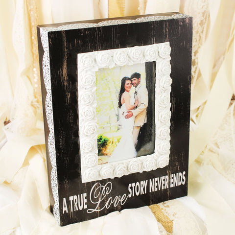 10.5 x 7.75 'A True Love Story Never Ends' 4x6 photo frame