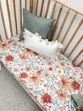 Load image into Gallery viewer, Le Piccadilly Muslin Sheet - BASSINET
