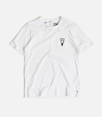 229ab29c ... Nike SB Dry-Fit Triangle T-Shirt