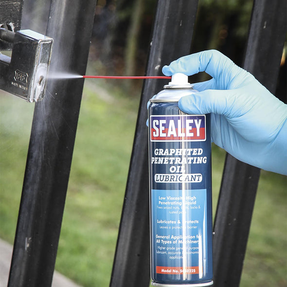 Sealey 500ml Graphited Penetrating Oil Lubricant Spray