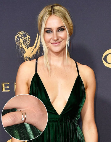 Shailene Woodley wearing Shiffon Co pinky ring jewelry at the Emmys