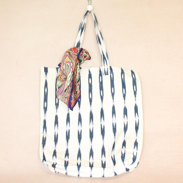 Soleado Shopper Tote Grey & Cream Ikat