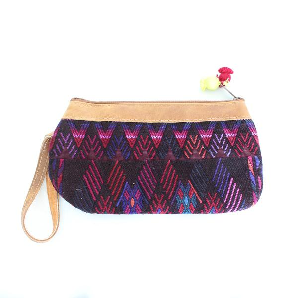 Laguna Embroidered Clutch 125