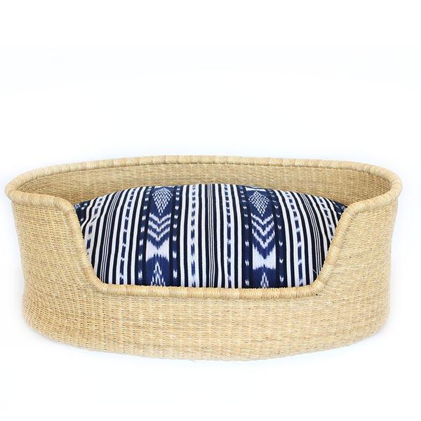 Dog Bed Basket (cushion included) - Medium Natural