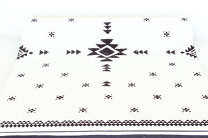 Santa Fe White Yoga Mat with Carry Strap