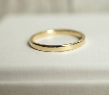 Simple 1Ok gold ring 2mm