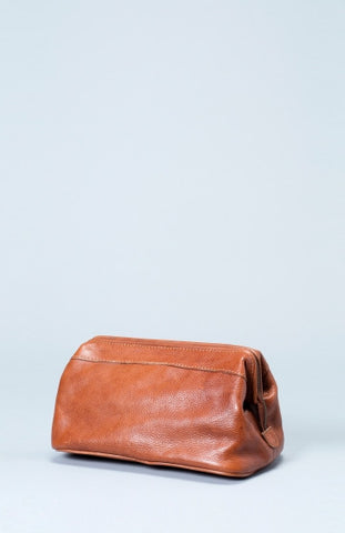 Olen Dopp Kit - Tan