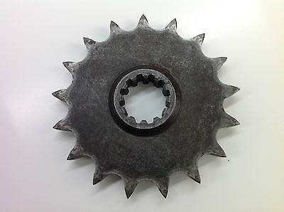 KAWASAKI KX500 KX 500 FRONT SPROCKET 17 TEETH  (010)
