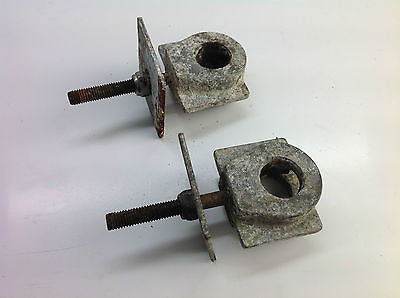 1983? SUZUKI RM250 RM 250 REAR WHEEL AXLE BLOCKS ADJUSTERS (015)