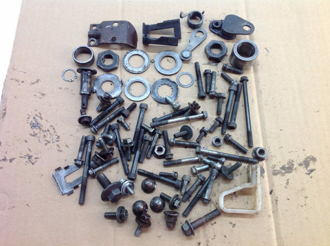 YAMAHA YZ 125 1995 VARIOUS MISC ENGINE BOLTS FIXINGS ETC 0024A