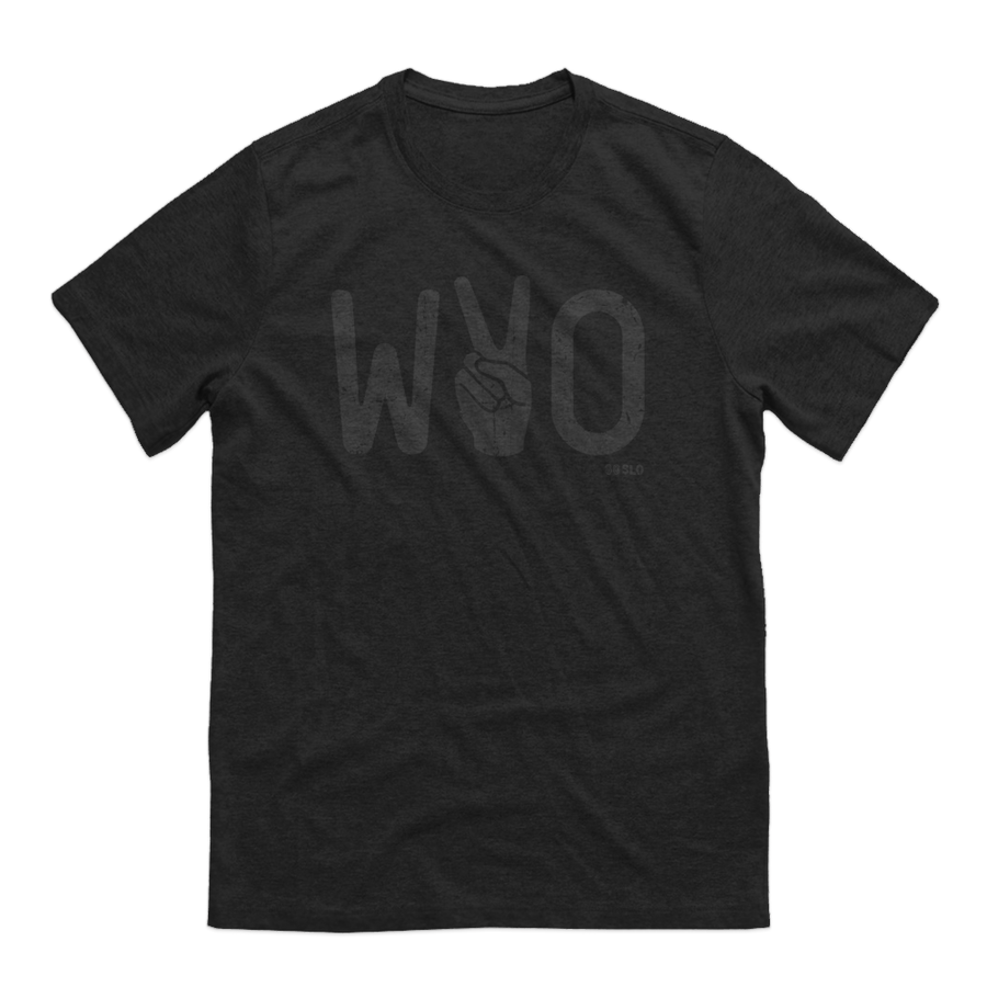 GUYS MIDNIGHT WYO VICTORY TEE