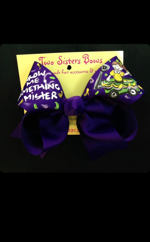 Two Sisters Handpainted Mardi Gras throw me something mister bow L