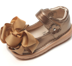 Mooshu Mary Jane squeaker shoe bronze