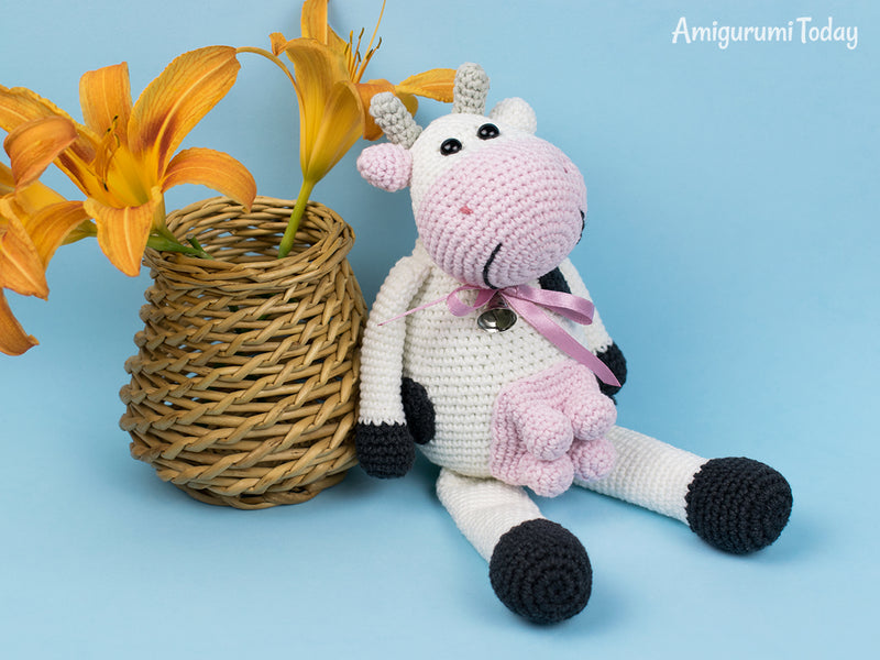 Alpine Cow crochet pattern - printable PDF