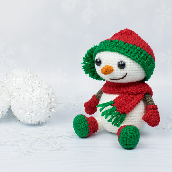 Crochet snowman in Christmas outfit - printable PDF