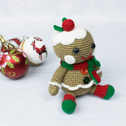 Christmas gingerbread man crochet pattern - printable PDF