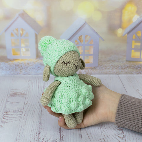 Minty Sheep crochet pattern - printable PDF