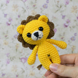 Tiny lion amigurumi pattern - printable PDF