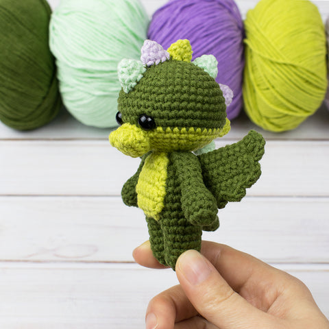 Tiny dragon amigurumi pattern - printable PDF