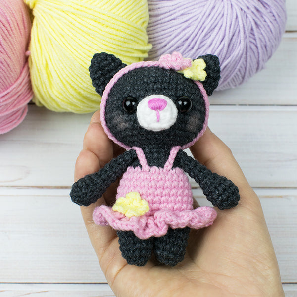 Tiny kitty cat amigurumi pattern - printable PDF