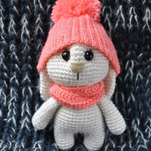 Adorable bunny amigurumi with hat - printable PDF