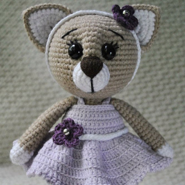 Lady cat amigurumi pattern - printable PDF