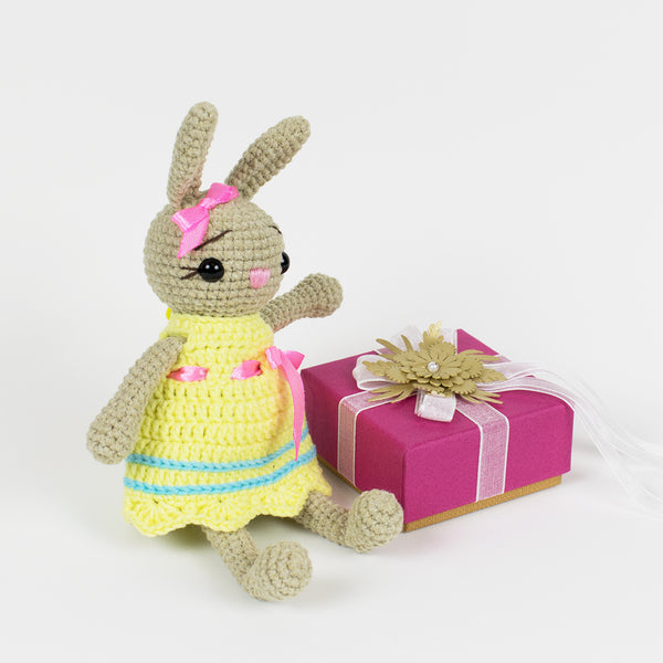 Little crochet bunny pattern - printable PDF