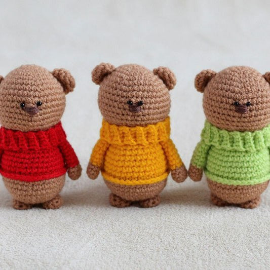 Amigurumi teddy bear brothers in sweaters - printable PDF