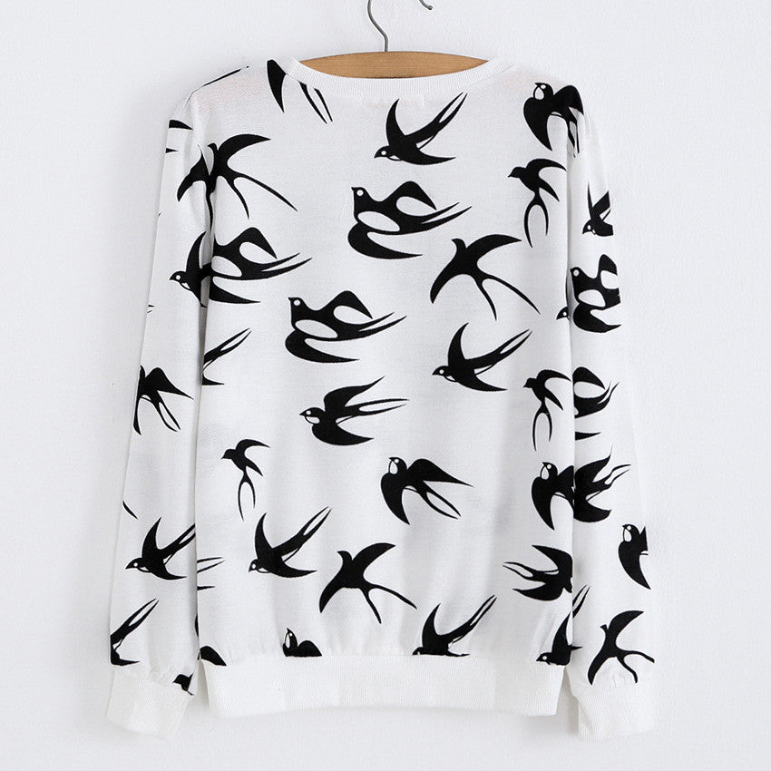 Flock of Birds Print One Size Sweat Shirt Small Size - Hautify