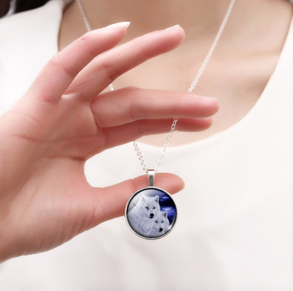 Two Wolves Cabochon Pendant Necklace