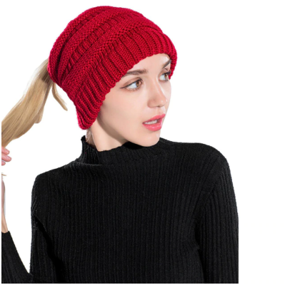 Womens Ponytail Cable Knit Beanie - Hautify