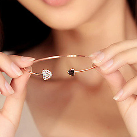 Simple Heart Bangle Gold Plated - Hautify