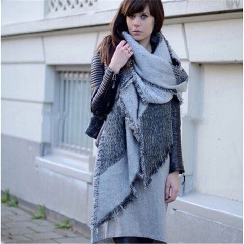 Abstract Print Fringe Blanket Shawl for Winter - Hautify