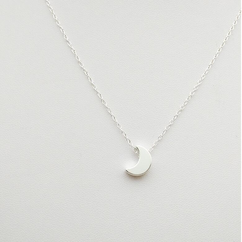 Crescent Moon Chain Necklace for Women - Hautify