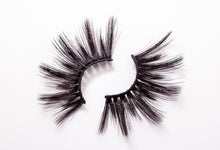 Load image into Gallery viewer, CL 3D Max Faux Mink Lashes #28 (4 Pack)