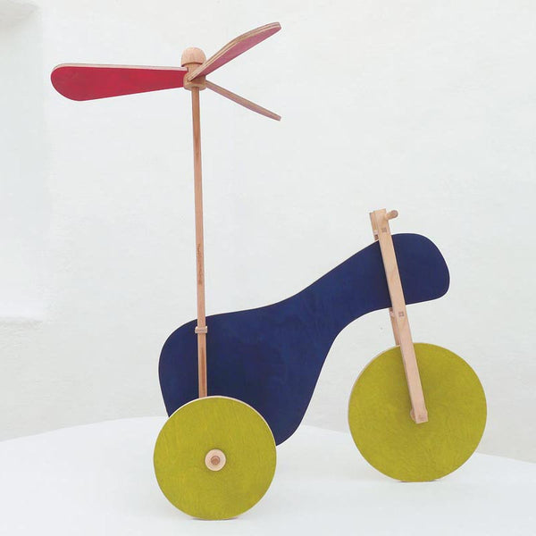 The Flying tricycle construction toy