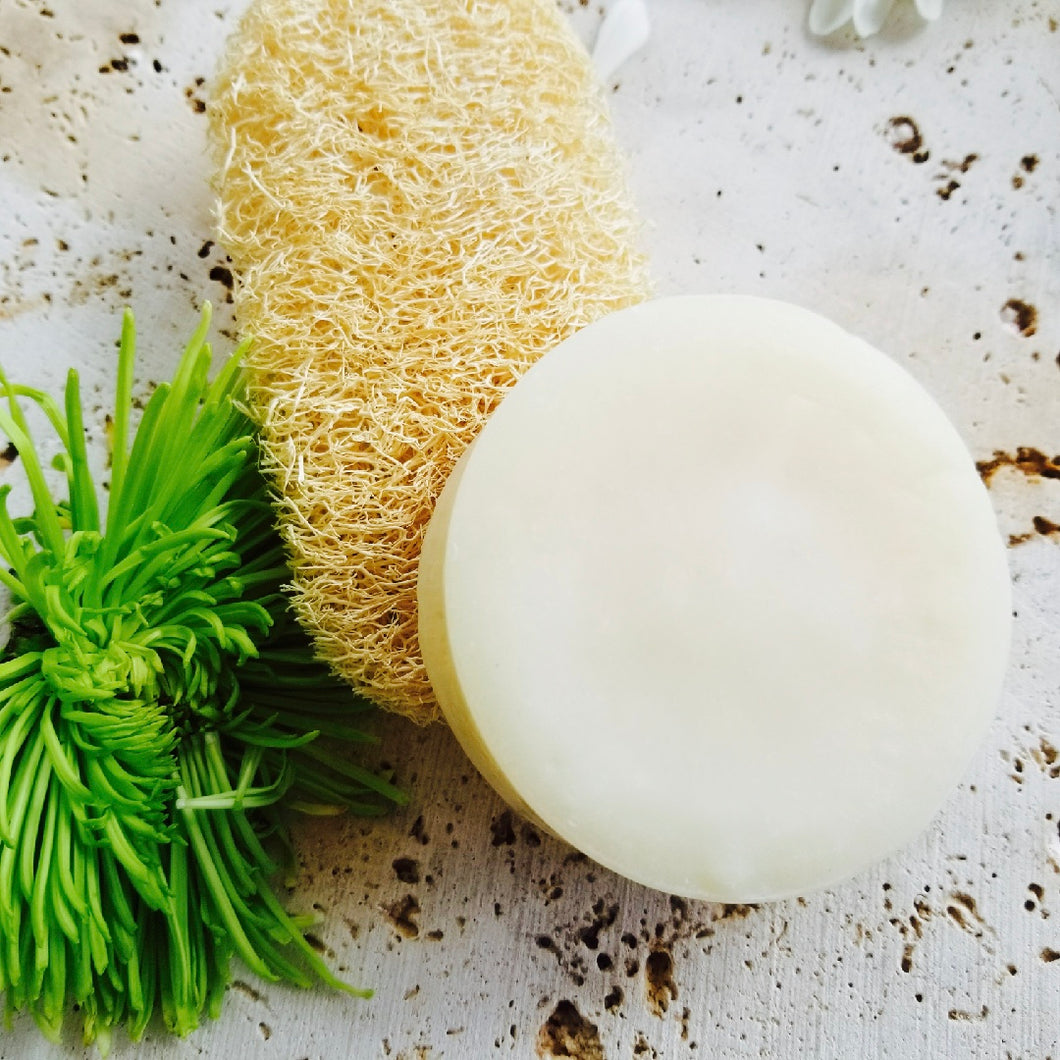 Senk Shampoo Bar - Sénica skin care moisturize dry, sensitive and eczema, prone skin.