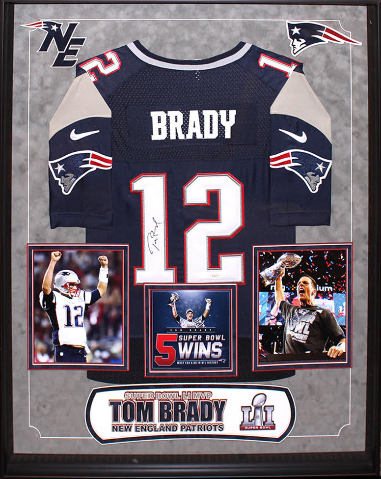 Tom Brady - New England Patriots NFL Signed Football Jersey Custom Framed