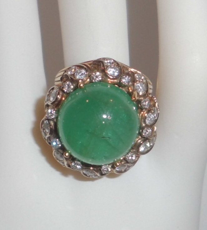 Emerald 18K Yellow Gold & Diamonds Ring Size 6