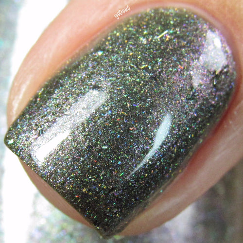green holo multichrome nail polish crystal knockout the fool