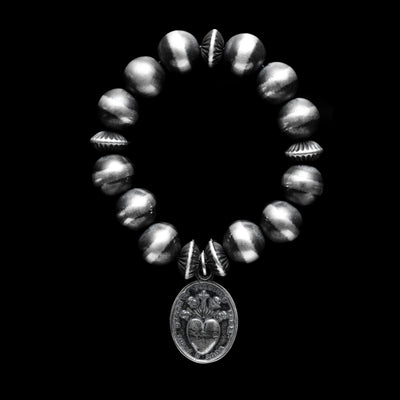 Navajo Pearls Stretch Bracelet with Sacred Heart Pendant - 12mm