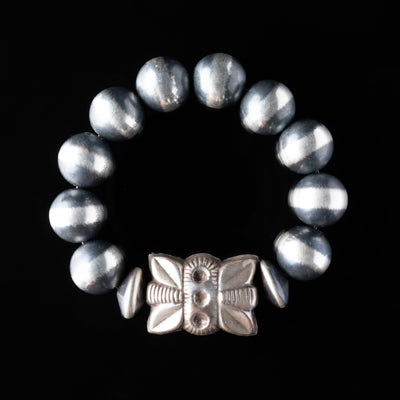 Navajo Pearls Stretchy Bracelet with Repousse Rectangle Bead - 14 mm