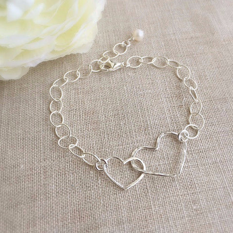 Silver Linked Hearts Bracelet