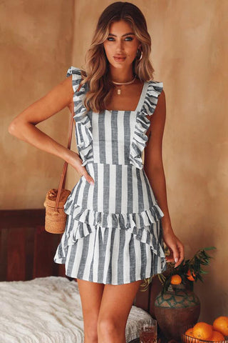 Dress Sexy Terbaru - Spaghetti Strap Dress Mini Strapless A-Line Striped High Waist Backless Bow - Cantik Menawan