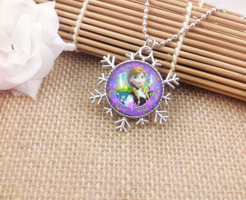 Anna – Disney's Frozen Glass Cabochon Pendant Necklace