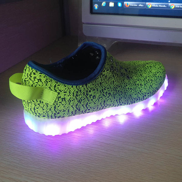 Mens Light Up Trainers with Flashing Soles - 3D Green
