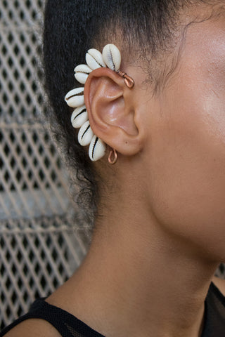 Every-Ting Cowrie Statement Ear frame
